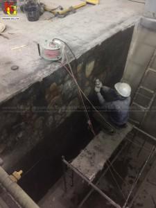 Làm sạch bề mặt trước khi phủ lớp FRP